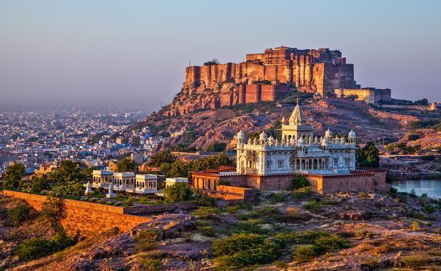 Poklady Indie a nekonečné pláže Goa