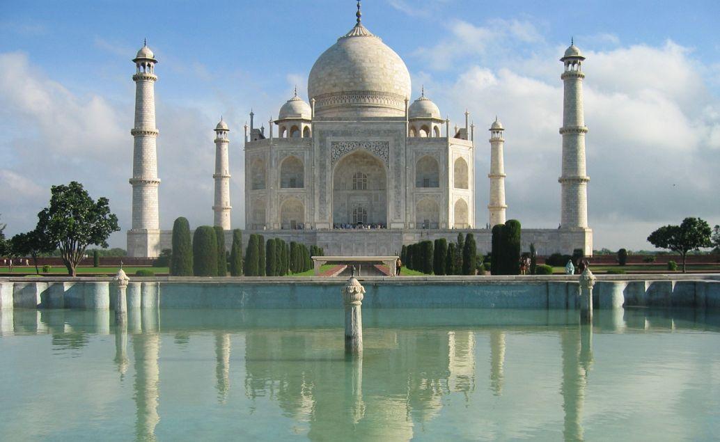 Monumentální Taj Mahal